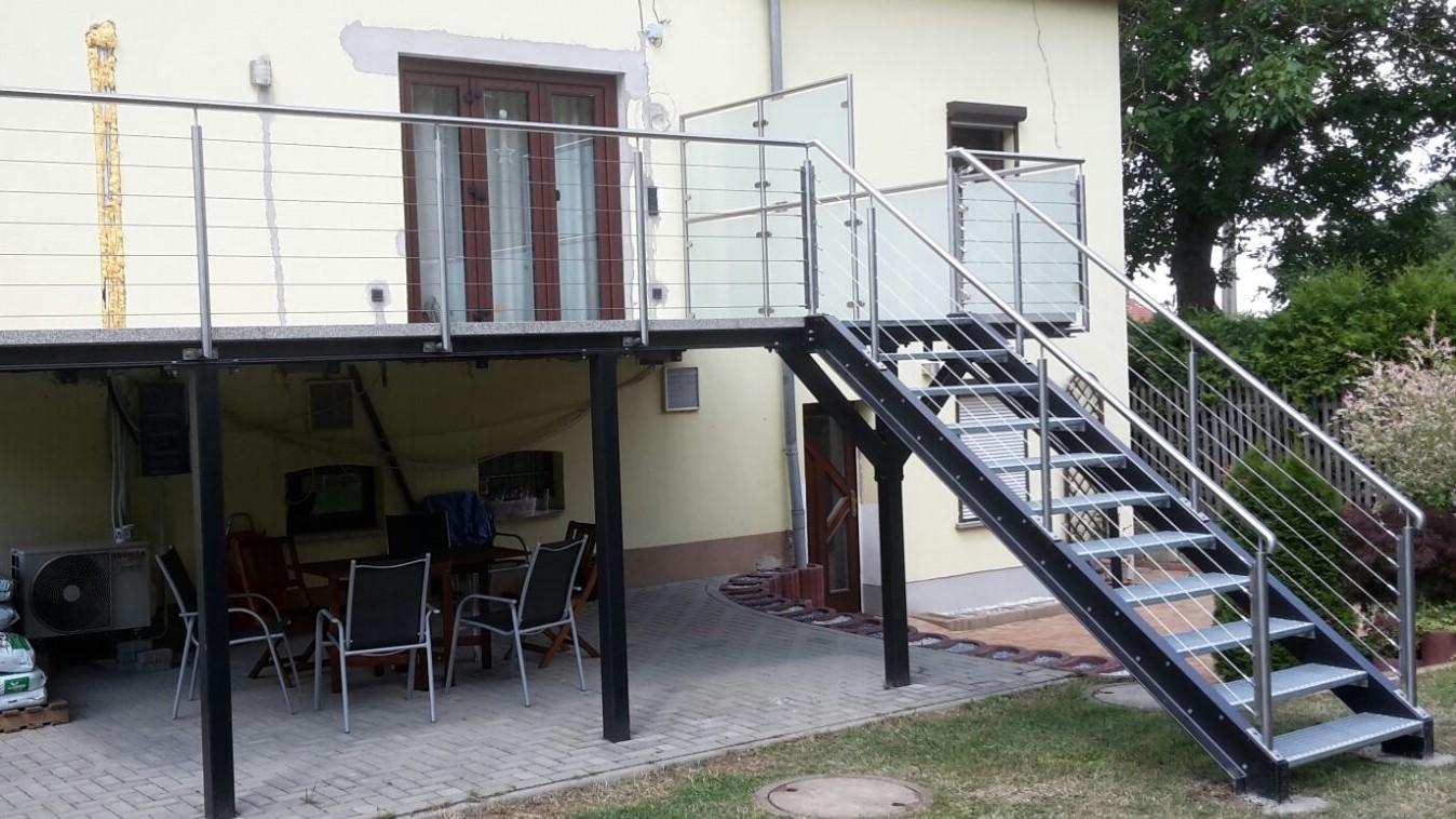 Treppe.-14